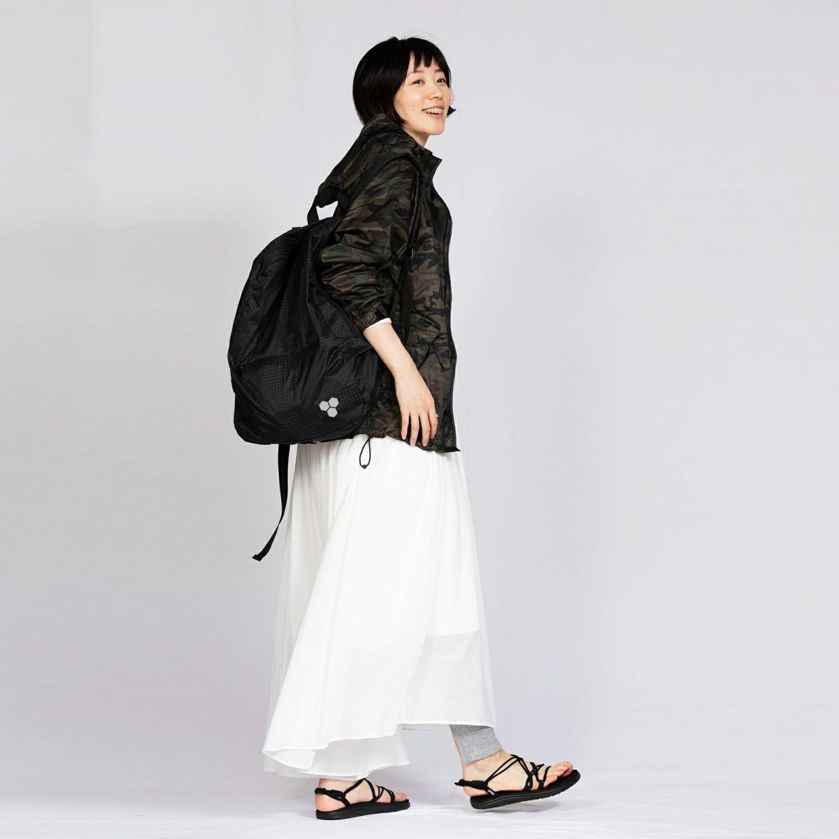 [女性モデルのサイズ]身長:168cm 着用サイズ:M