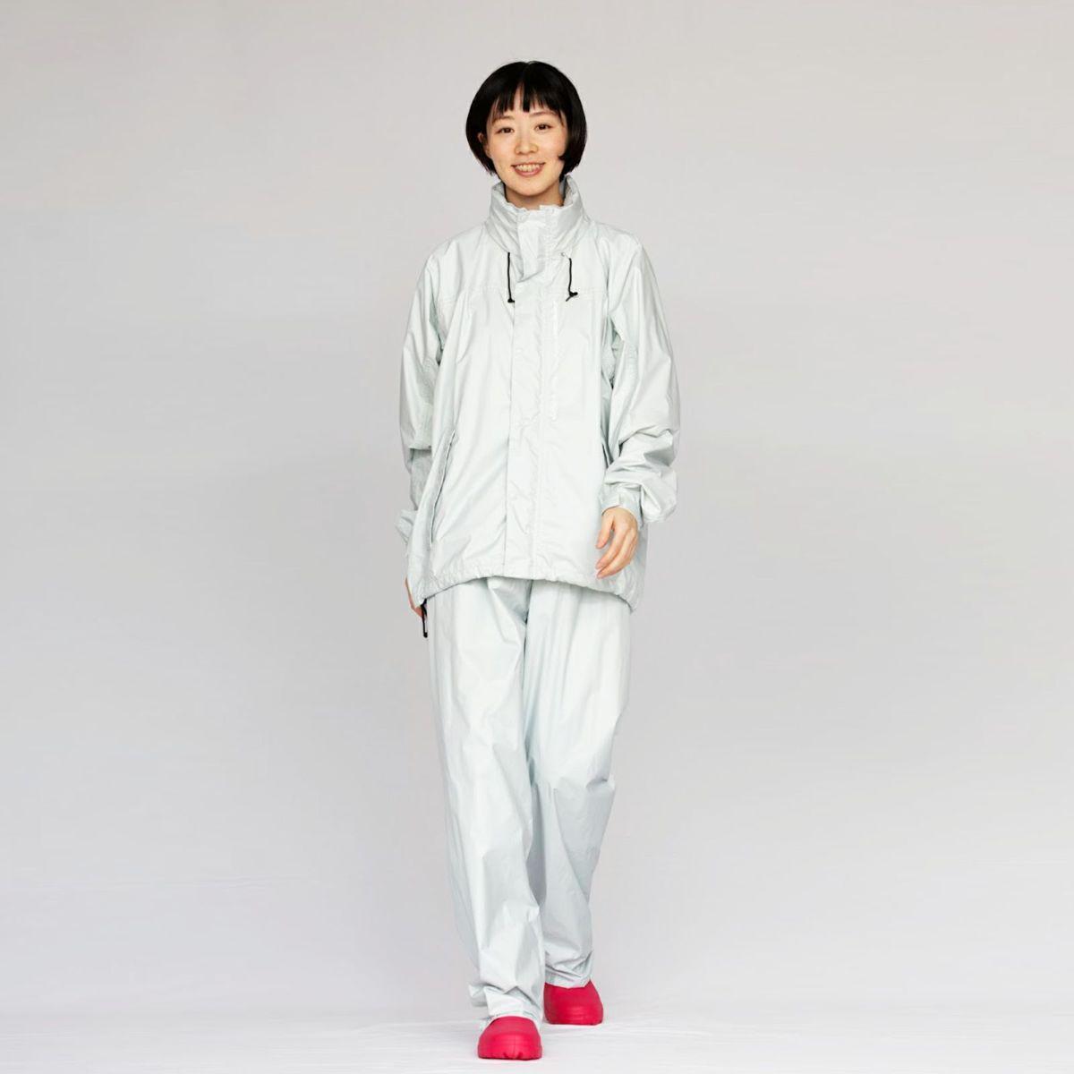 [女性モデルのサイズ]身長:168cm 着用サイズ:L