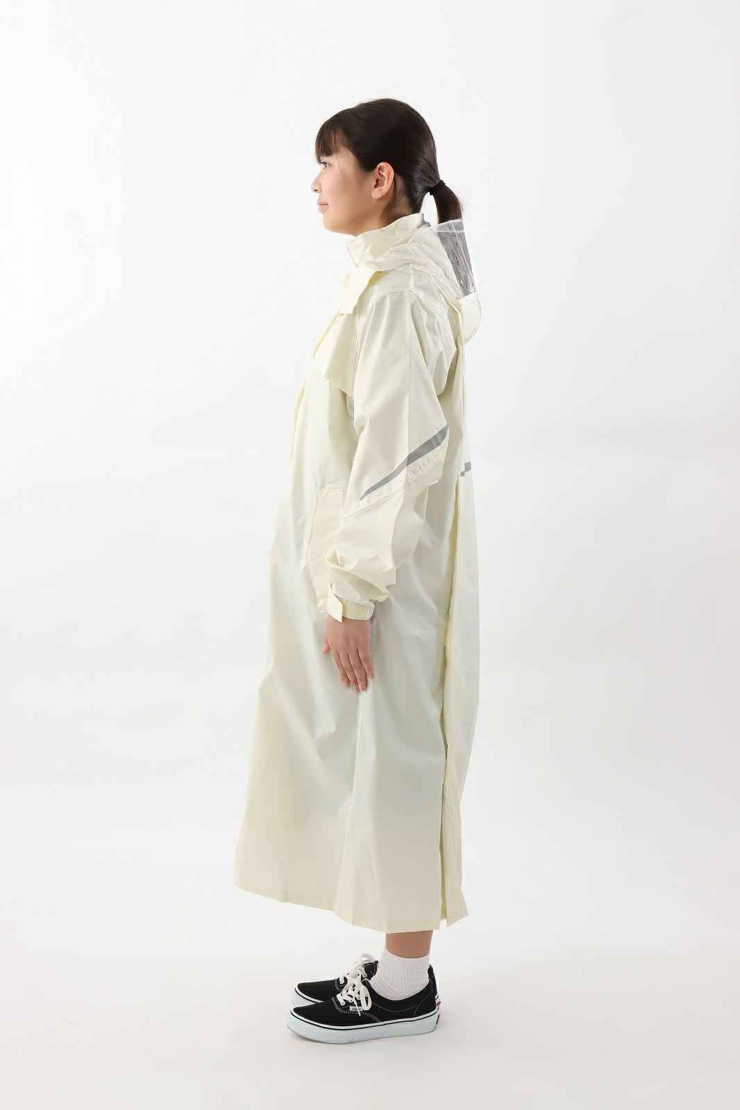 側面(斜め) [女性モデルのサイズ]身長:162cm 着用サイズ:120cm