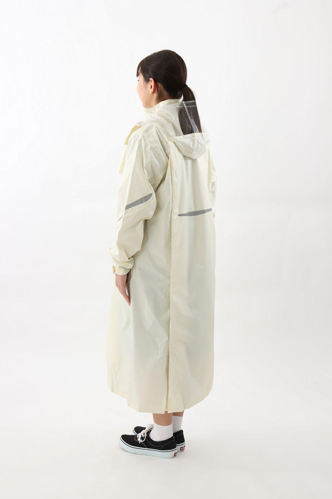側面 [女性モデルのサイズ]身長:162cm 着用サイズ:120cm